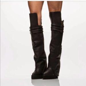 Jeffery Campbell eminent boots